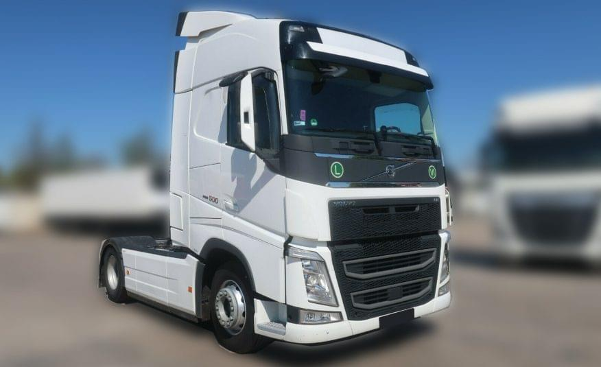TRATOR VOLVO FH13 500 EURO6 GLOBETROTTER 4X2 396.158KMS 2017