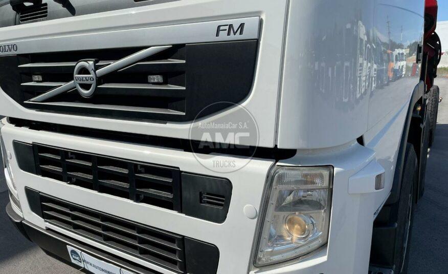 VOLVO FM13 460 EURO5 8X2 COM GRUA HMF 2420 K5 EM CHASSI 2011